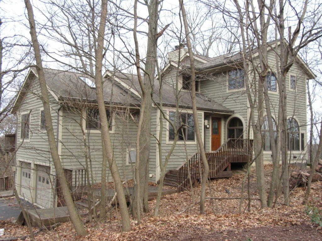$468,000 - 4Br/4Ba -  for Sale in Bridgman