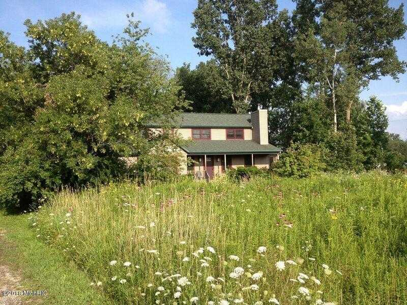 $344,900 - 3Br/2Ba -  for Sale in Fennville