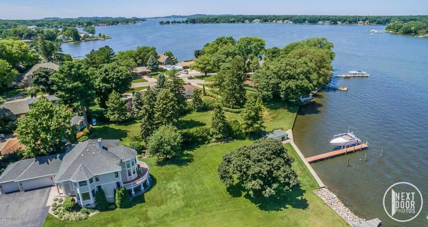 $1,250,000 - 3Br/4Ba -  for Sale in Holland