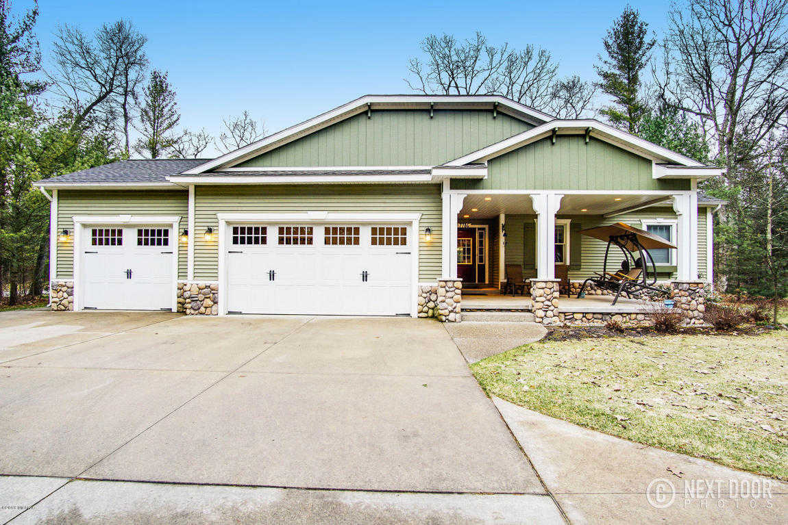 $339,900 - 4Br/3Ba -  for Sale in Whitehall