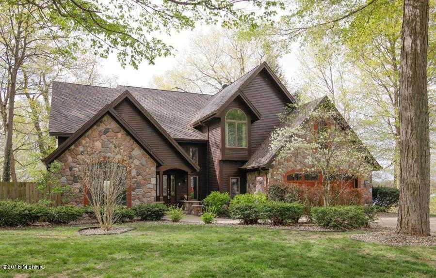 $720,000 - 5Br/5Ba -  for Sale in Paw Paw