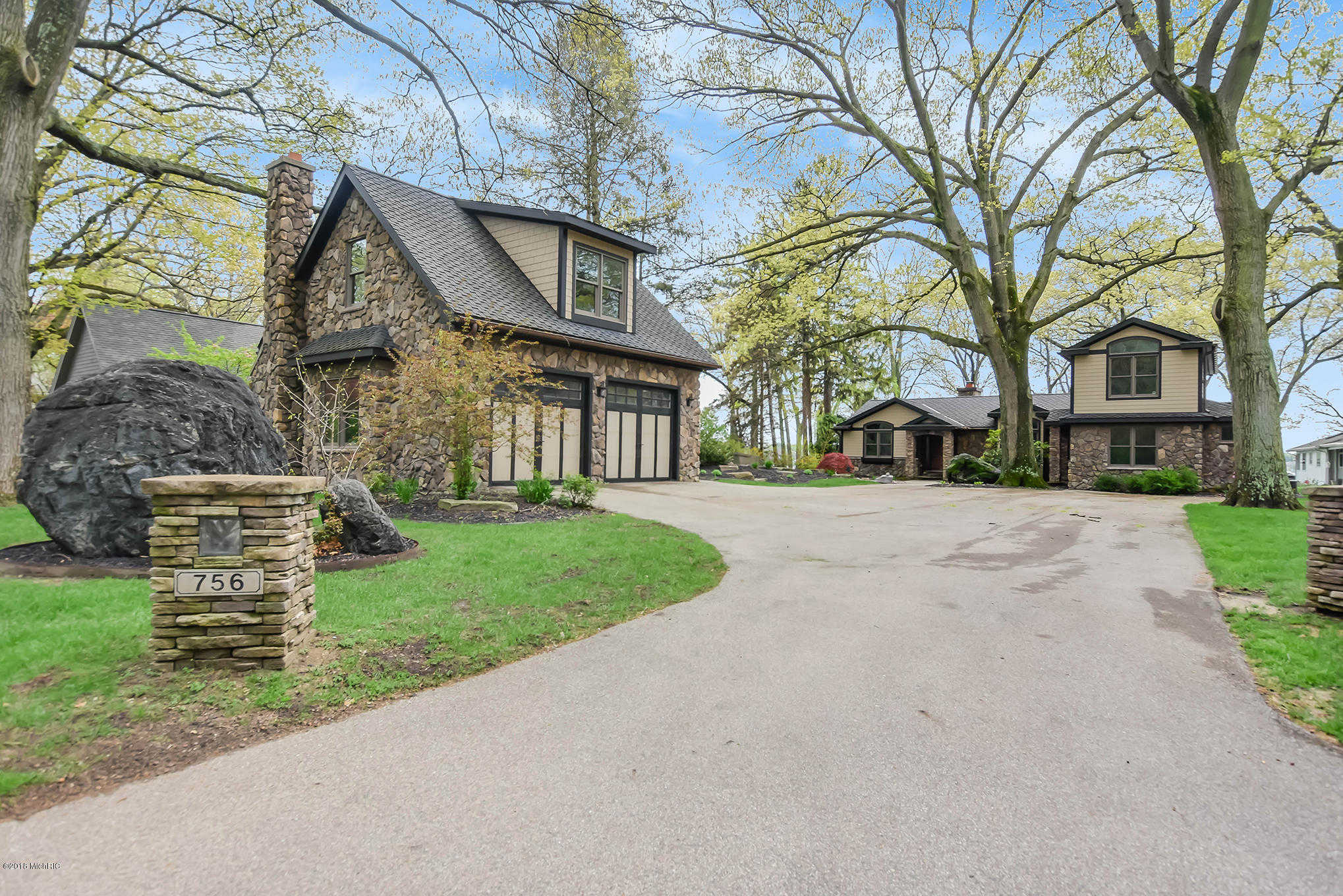 $1,500,000 - 5Br/6Ba -  for Sale in Holland