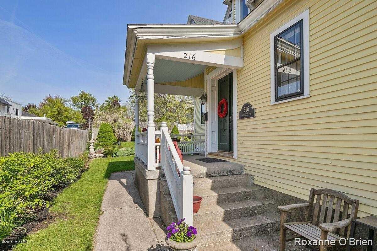 $410,000 - 2Br/3Ba -  for Sale in Grand Rapids
