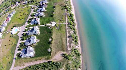 $925,000 - Br/Ba -  for Sale in South Haven