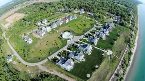 $186,900 - Br/Ba -  for Sale in South Haven