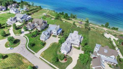 $160,875 - Br/Ba -  for Sale in South Haven