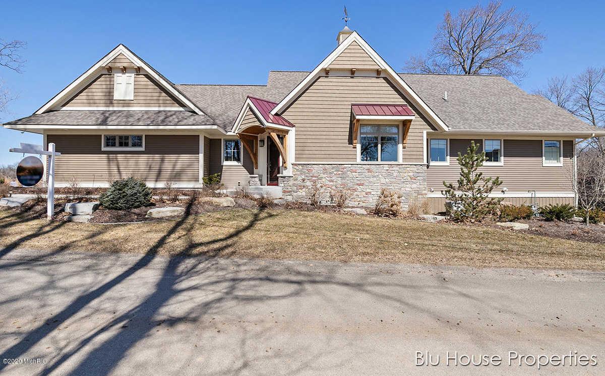 $869,000 - 4Br/3Ba - for Sale in Rockford