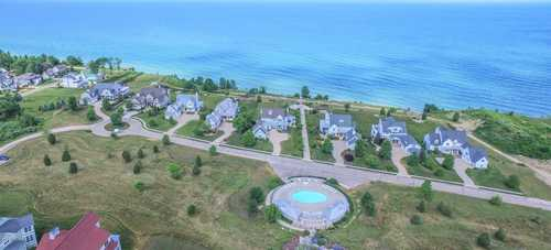 $128,700 - Br/Ba -  for Sale in South Haven
