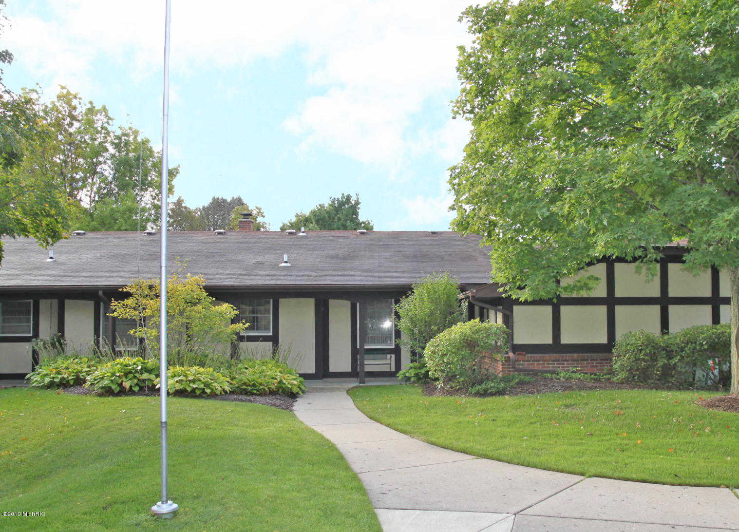 $139,900 - 2Br/2Ba -  for Sale in Grand Rapids