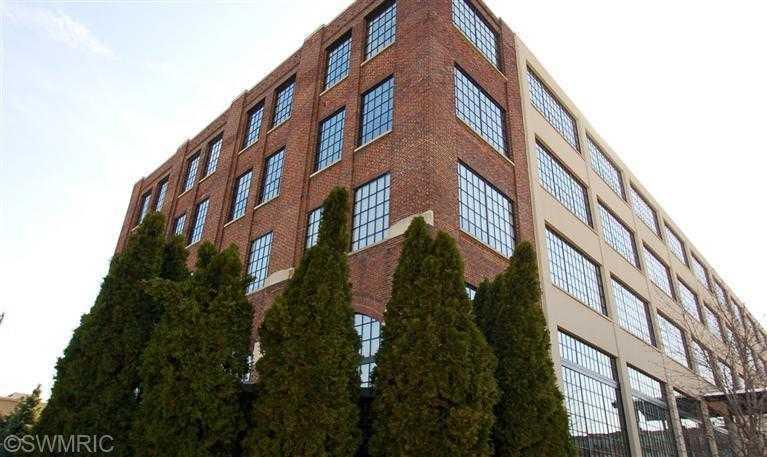 $275,000 - 2Br/2Ba -  for Sale in Grand Rapids