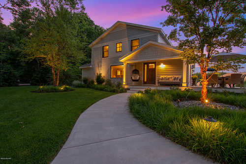 $1,049,500 - 6Br/3Ba -  for Sale in Saugatuck