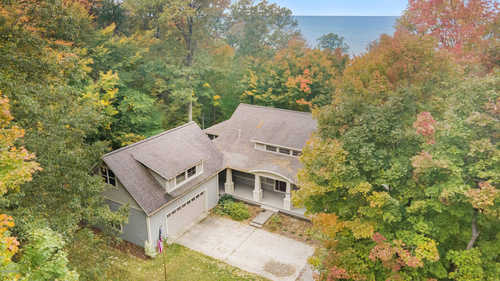 $1,495,000 - 4Br/4Ba -  for Sale in South Haven