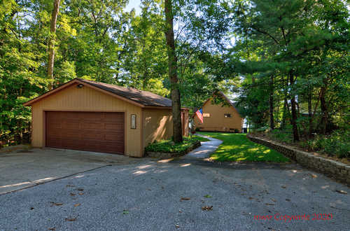 $825,000 - 3Br/2Ba -  for Sale in Pentwater