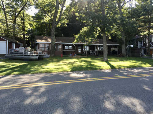 $439,000 - 3Br/2Ba -  for Sale in Pentwater