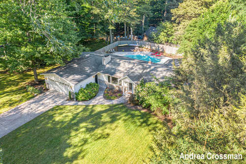 $439,900 - 3Br/4Ba -  for Sale in Holland