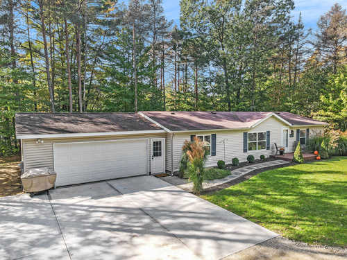 $295,000 - 3Br/2Ba -  for Sale in Fennville