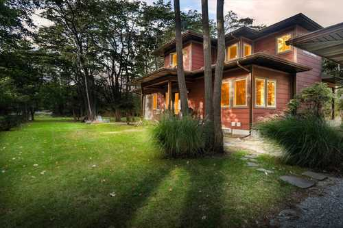 $675,000 - 3Br/3Ba -  for Sale in Saugatuck