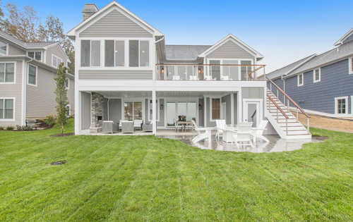 $2,300,000 - 4Br/5Ba -  for Sale in South Haven