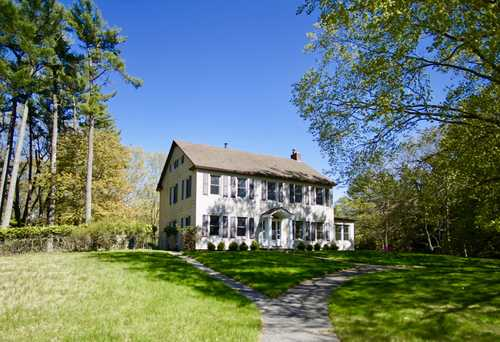 $575,000 - 5Br/4Ba -  for Sale in Grand Haven