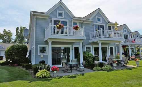 $574,900 - 3Br/3Ba -  for Sale in Spring Lake