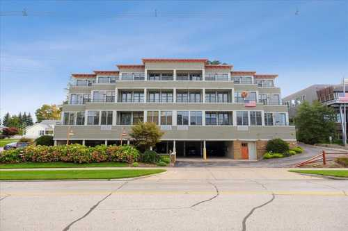 $299,900 - 1Br/1Ba -  for Sale in Grand Haven
