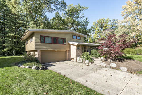 $595,000 - 4Br/3Ba -  for Sale in East Grand Rapids