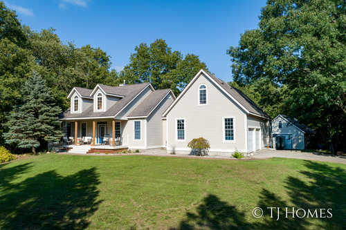 $574,900 - 5Br/4Ba -  for Sale in Grand Haven