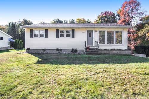 $194,900 - 3Br/1Ba -  for Sale in Norton Shores