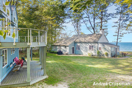 $895,000 - 6Br/4Ba -  for Sale in Fennville