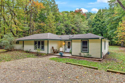 $429,000 - 4Br/2Ba -  for Sale in Lakeside