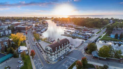 $190,000 - 1Br/1Ba -  for Sale in South Haven