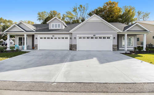 $349,900 - 3Br/3Ba -  for Sale in Holland