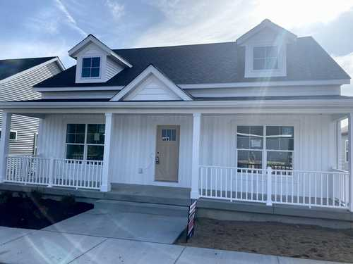 $396,000 - 4Br/3Ba -  for Sale in Kentwood