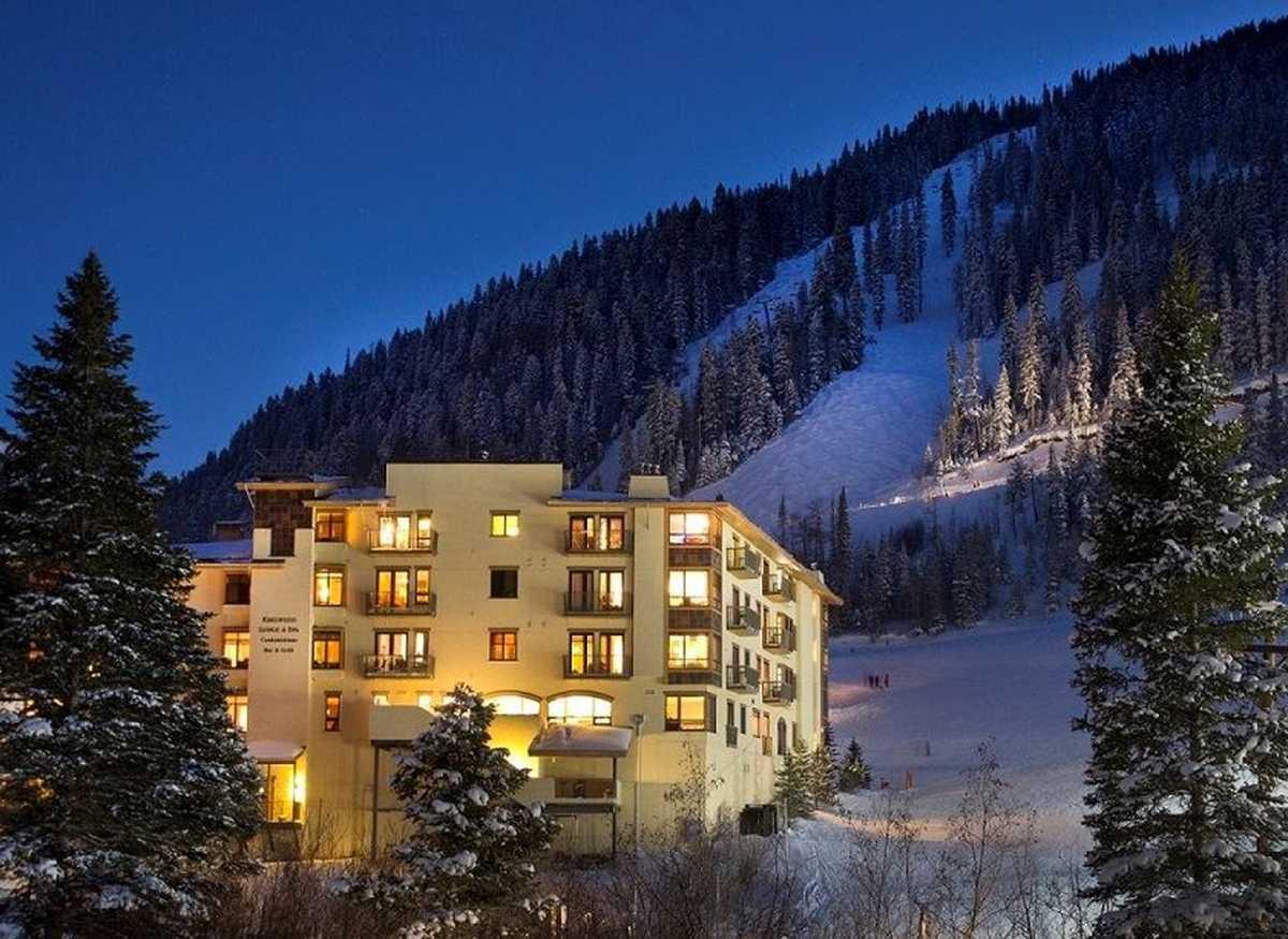 $1,400,000 - 3Br/3Ba -  for Sale in None, Taos Ski Valley