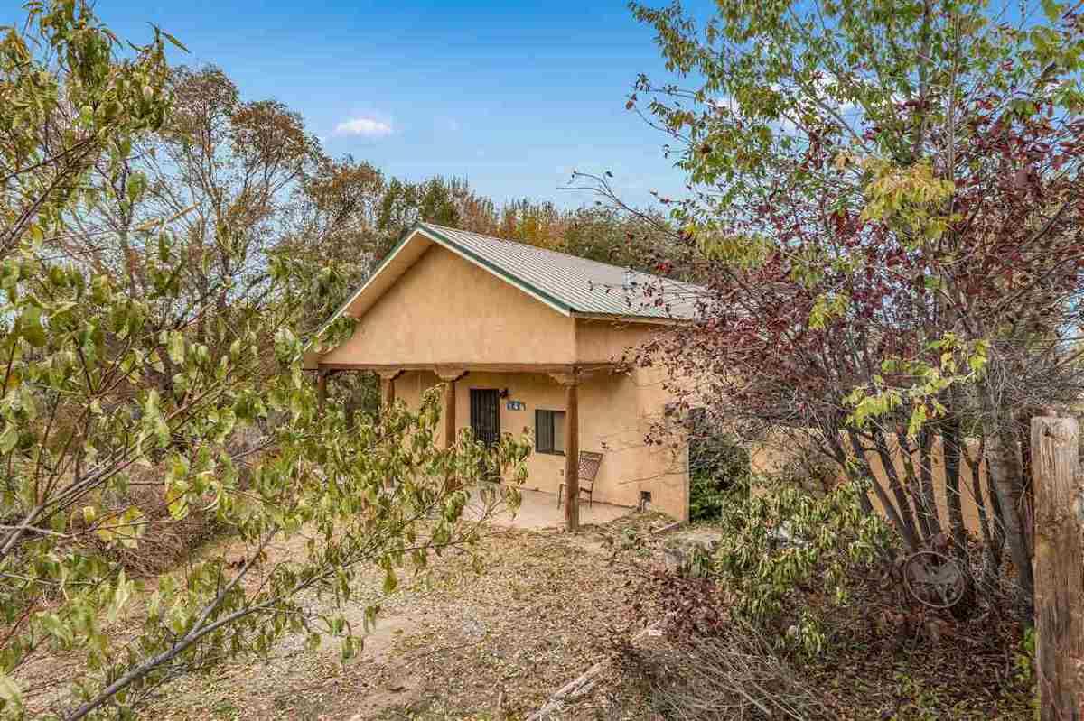 $210,000 - 2Br/1Ba -  for Sale in None, Ranchos De Taos