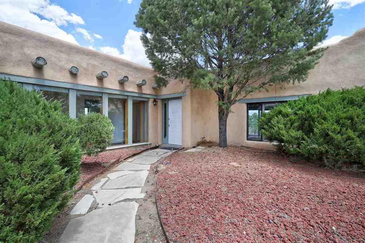 $795,000 - 3Br/3Ba -  for Sale in None, Ranchos De Taos