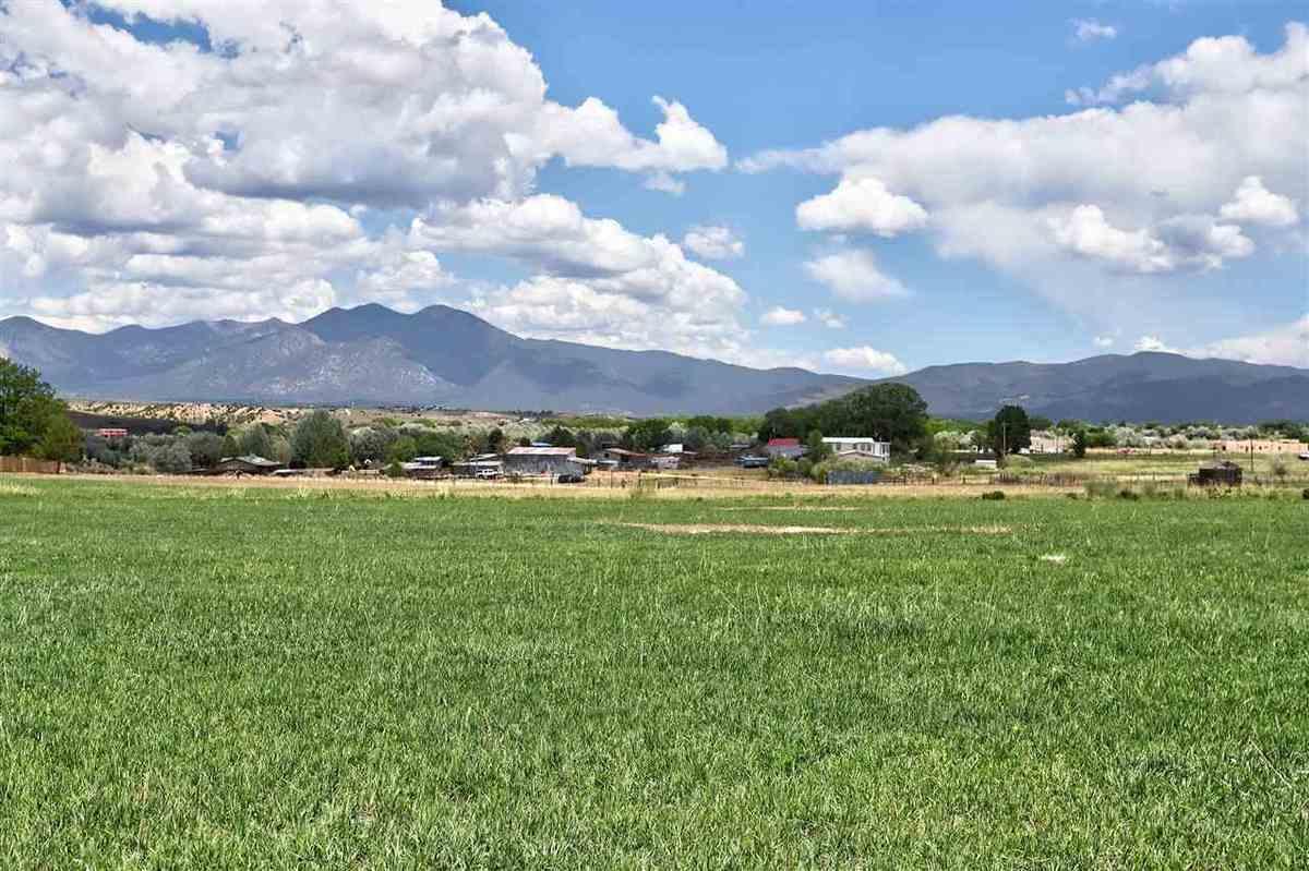 $275,000 - Br/Ba -  for Sale in None, Ranchos De Taos