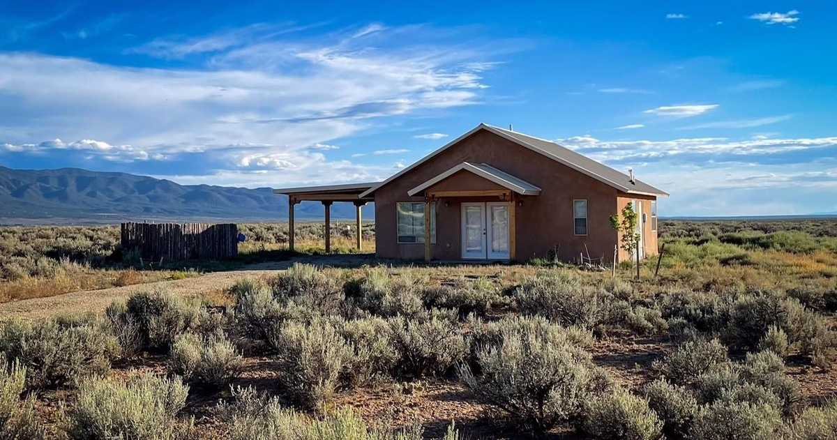 $299,000 - 2Br/1Ba -  for Sale in Other, Taos