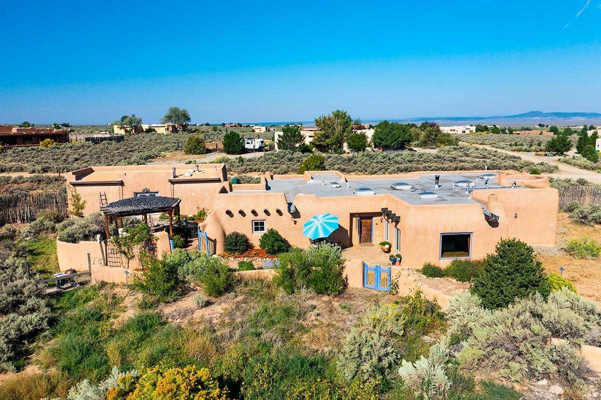 $879,821 - 3Br/2Ba -  for Sale in Vista Linda, Ranchos De Taos