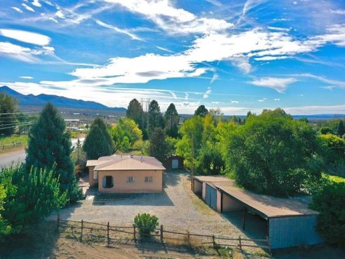 $400,000 - 2Br/2Ba -  for Sale in None, Ranchos De Taos