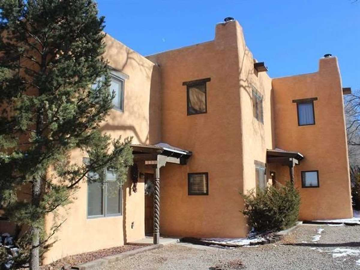 $319,000 - 2Br/2Ba -  for Sale in None, Taos