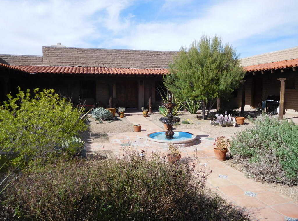 $1,100,000 - 3Br/1Ba -  for Sale in Rail X Ranch Est, Patagonia