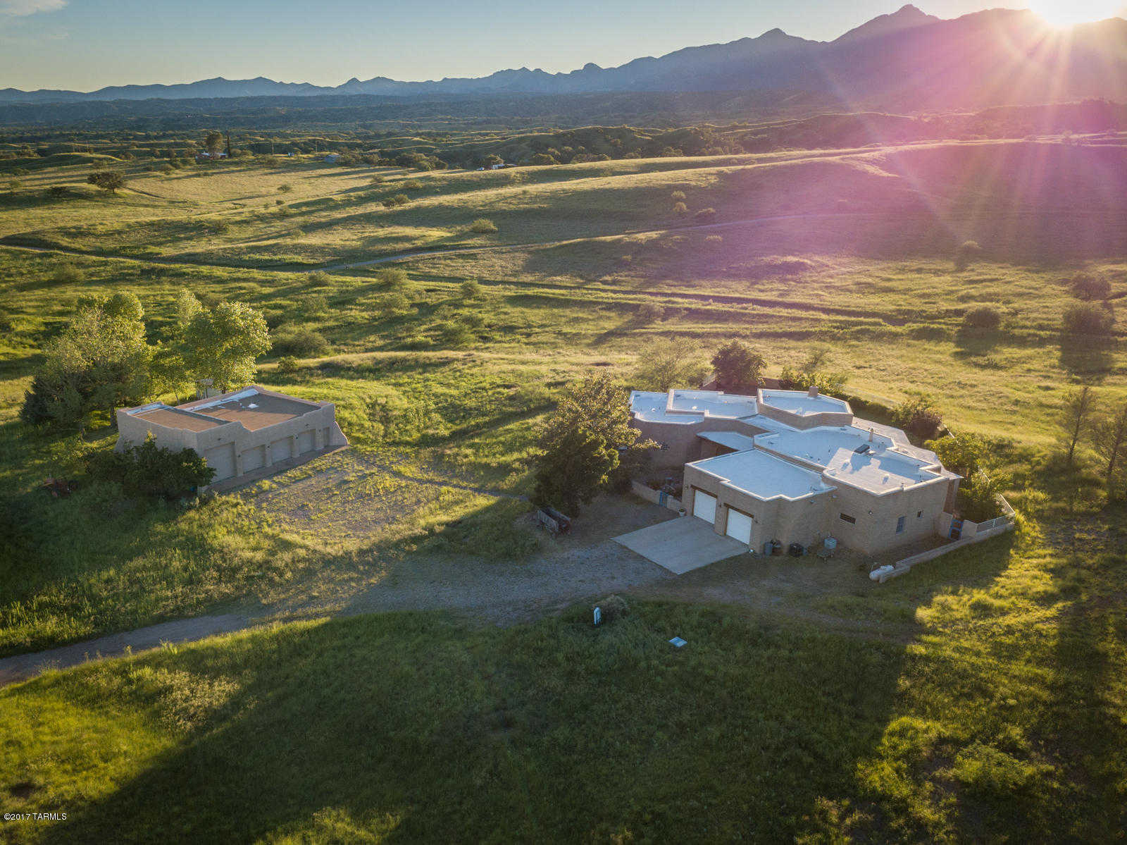$899,350 - 3Br/3Ba -  for Sale in Honnas Ranch, Sonoita