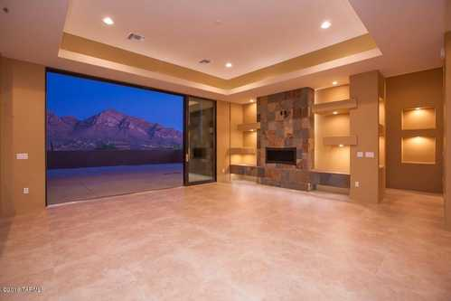 $800,000 - 4Br/3Ba -  for Sale in Sunset Canyon Estates (1-21), Oro Valley