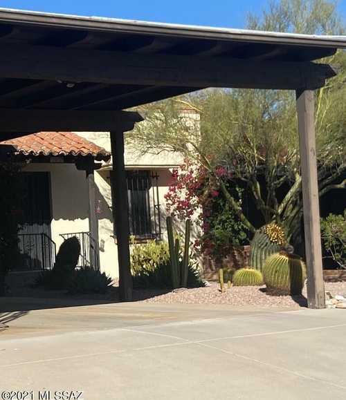 $355,000 - 2Br/2Ba -  for Sale in Catalina Pueblo No. 2 (35-88), Tucson