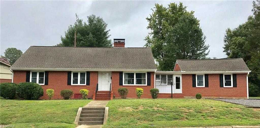 $169,900 - 4Br/4Ba -  for Sale in None, Mount Airy