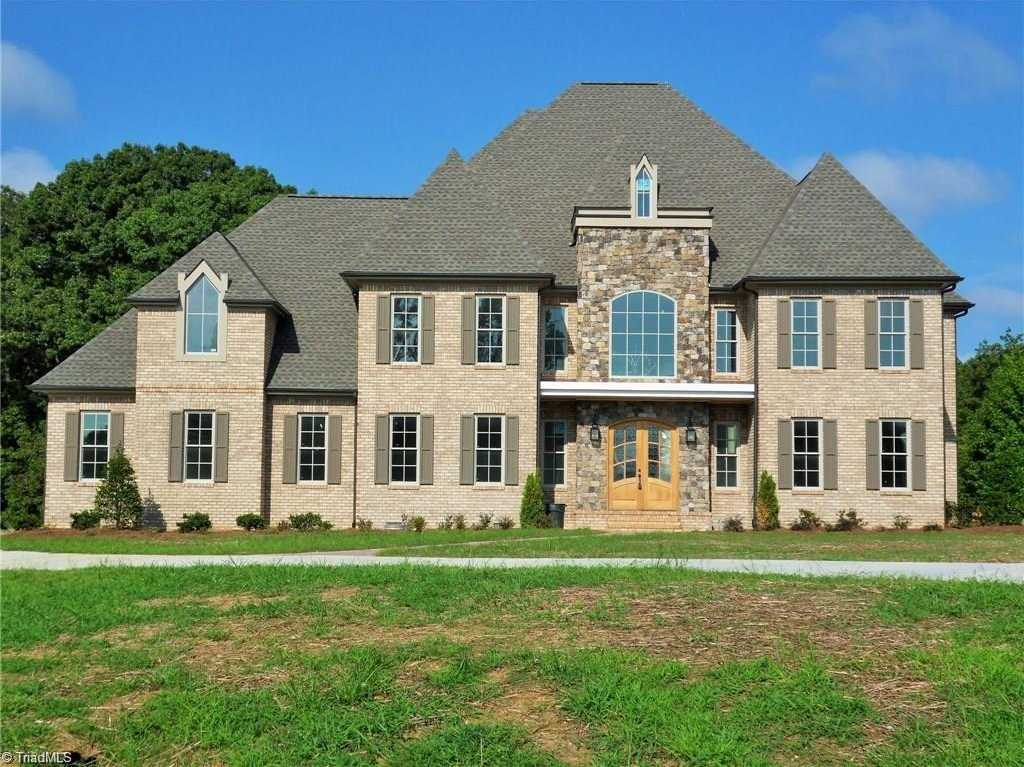 $975,000 - 4Br/4Ba -  for Sale in Autumn Lake, Summerfield