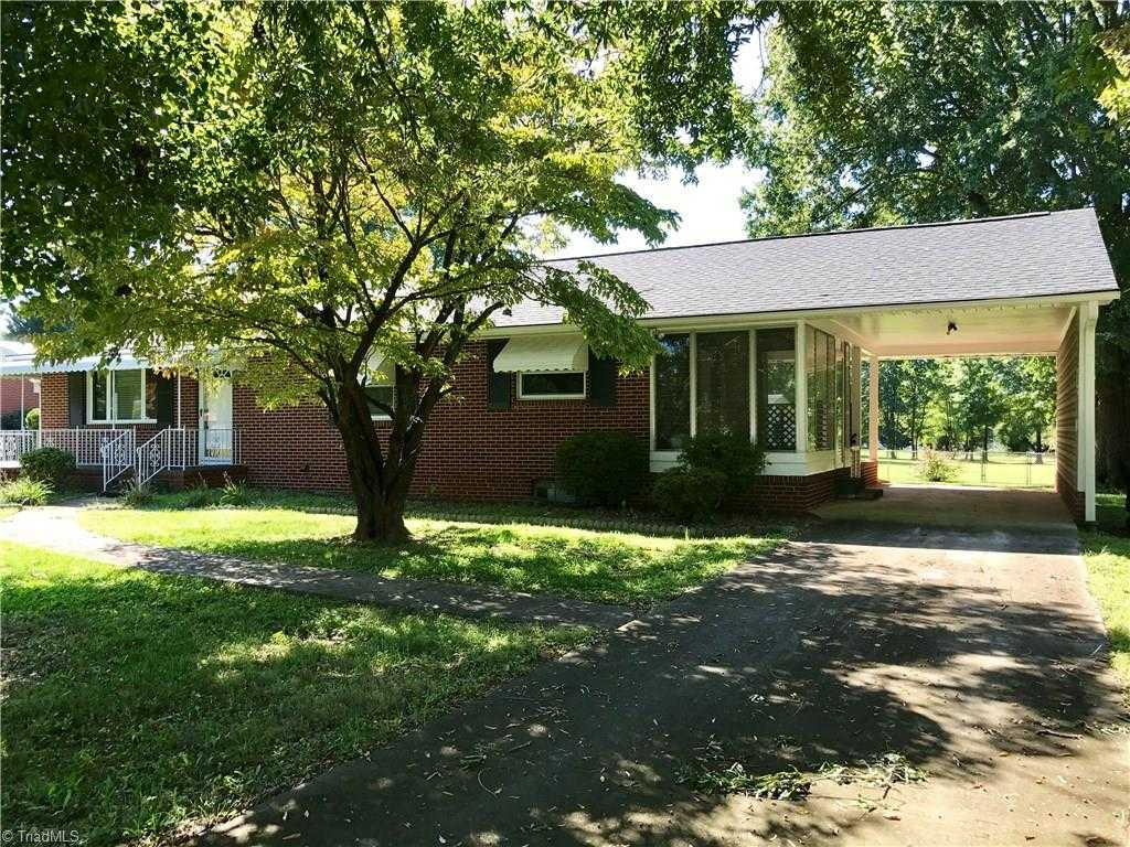 $122,000 - 2Br/2Ba -  for Sale in None, Winston Salem