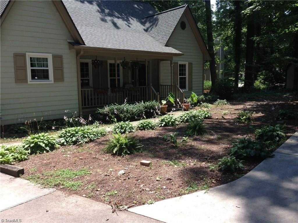 $249,500 - 4Br/3Ba -  for Sale in Friendly Acres North, Greensboro