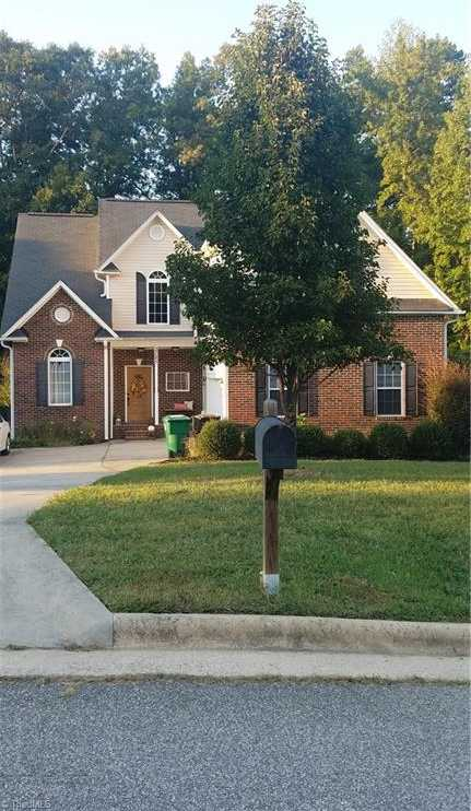 $215,000 - 3Br/3Ba -  for Sale in Landing At Waterview, High Point